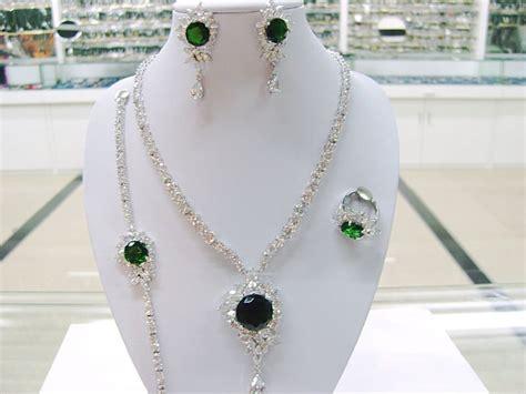 Latest Platinum Jewelry designs ~ All Fashion Tipz ...