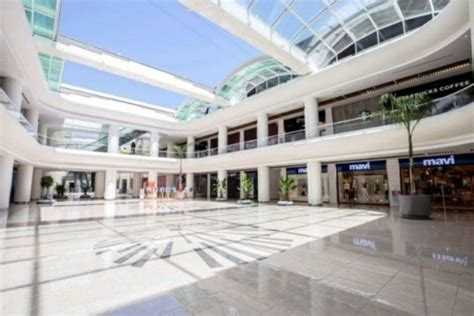 innovative retractable glass roof  convert  mall