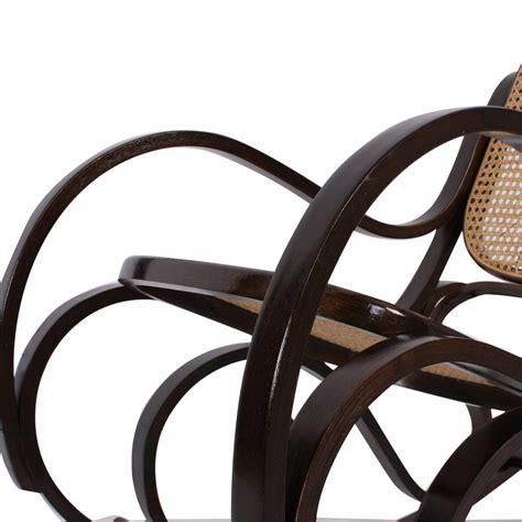 poltrona a dondolo poltrona a dondolo in legno con seduta in rattan