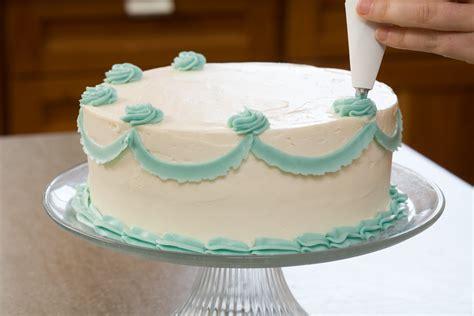 designer icing cakes eggless making workshop