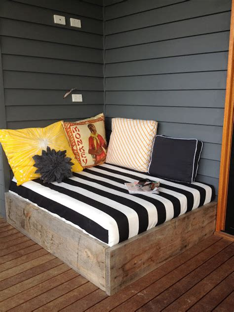 gorgeous diy daybed ideas   home