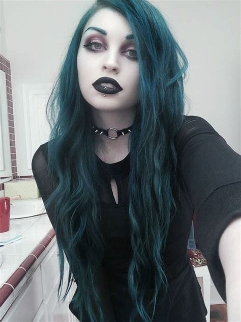 I Love Everything About This Girl Look Teal Hair Black