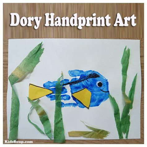 finding dory and nemo preschool activities and crafts 483 | Dory handprint craft KS1
