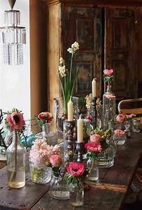 Deko Vasen Mit Blumen : die 25 besten ideen zu tischdekoration auf pinterest blumengestecke tischdekoration und ~ Markanthonyermac.com Haus und Dekorationen