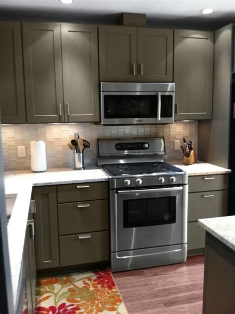 painted black kitchen cabinets before and after 89 best painting kitchen cabinets images on 9697