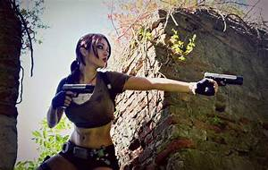 Lara Croft - Tomb Raider Legend: Gunpoint by Eilaire on ...