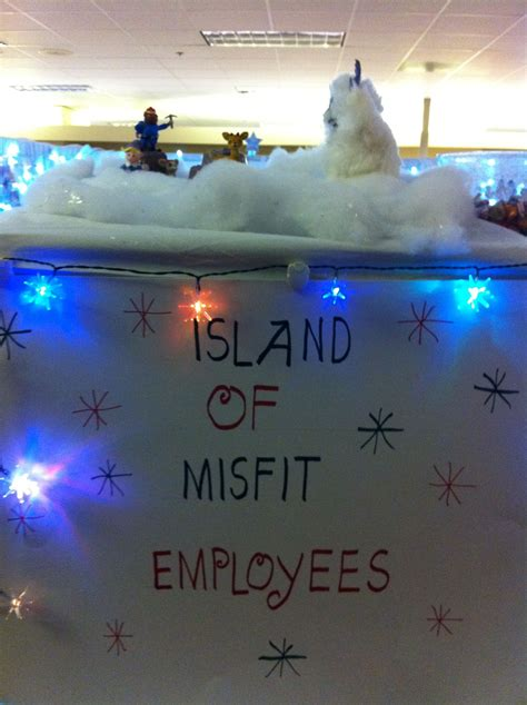 island  misfit employees christmas cubicle cubicle