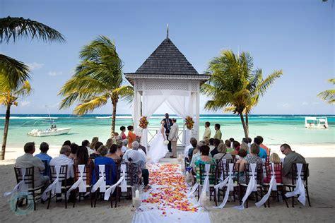 riu ocho rios jamaica ocho rios liz moore weddings