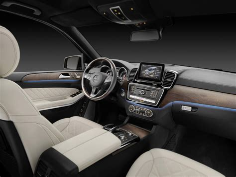 mercedes benz maybach gls interior  features photo