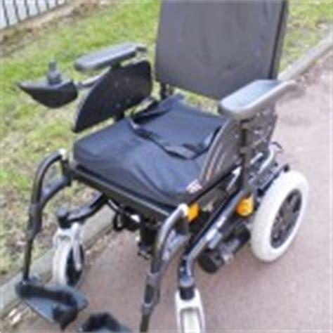 fauteuil roulant 233 lectrique bora fabriqu 233 par invacare