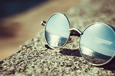 picture sunglasses mirror reflection object summer