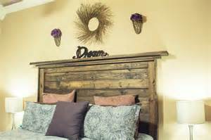 Reclaimed Wood Headboard Idea