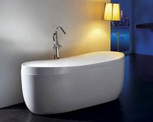Freistehende Badewanne An Der Wand : freistehende badewannen ein hauch luxus und wellness im eigenen bad thebetterdays ~ Bigdaddyawards.com Haus und Dekorationen