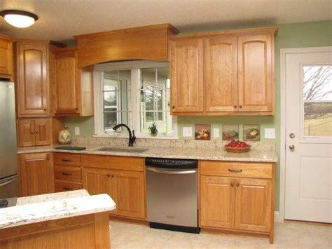 birch shaker kitchen cabinets birch kitchen cabinets www imgkid the image kid 4638