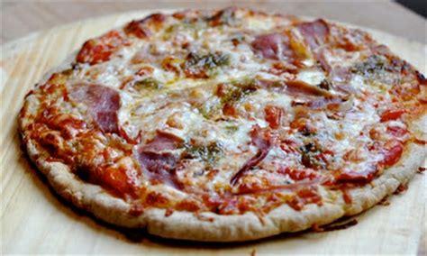 recette pate a pizza sans gluten le bonheur est sans gluten recette sans gluten p 226 te 224 pizza en 30 minutes