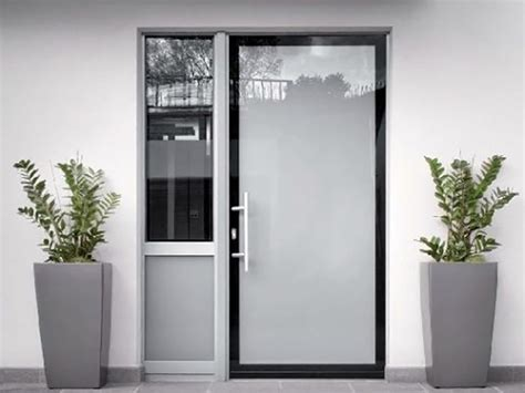 Porta Ingresso Alluminio by Porte D Ingresso In Alluminio E Pvc Alluminio Tecnofinestra