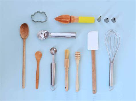 la maryse en cuisine les ustensiles indispensables en pâtisserie pour