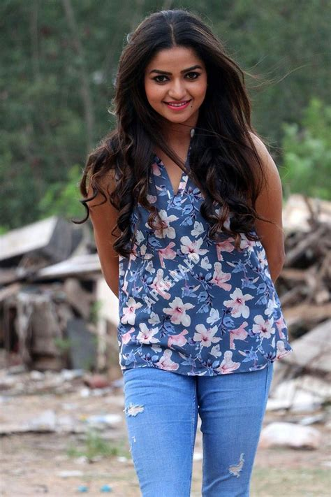 Nithya Rams Latest Photoshoot For Silver Screen Debut