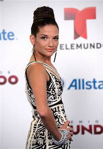 Natalia Jimenez Photos Photos - Arrivals at Telemundo's ...