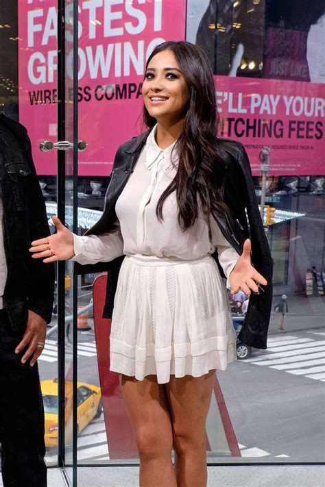 Shay Mitchell – On the Set of Extra in New York City ...