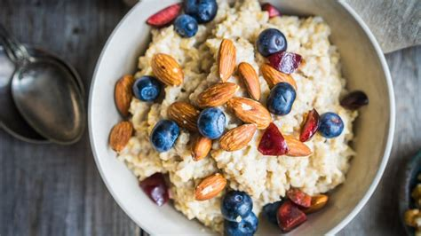 What yoga instructors eat for breakfast