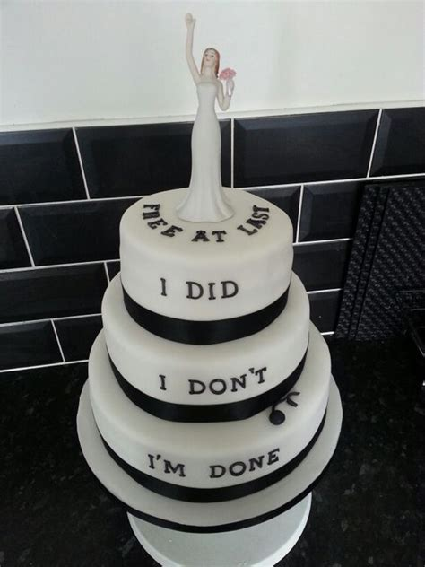 divorce cakes  prove  failed marriage