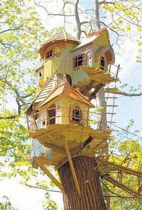 choose  favorite bird house upcycle art
