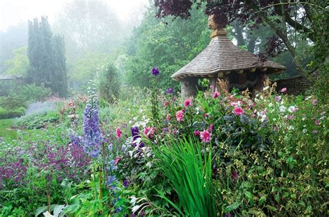 tuin prins charles prince charles exclusive my glorious highgrove garden