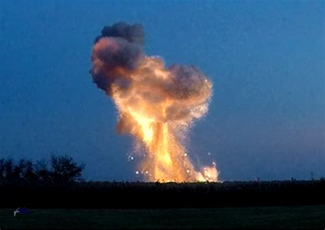 Orbital Sciences Antares rocket explodes less than a ...