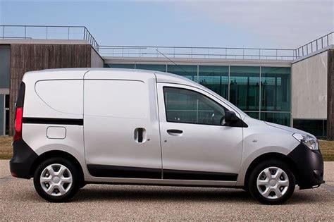 Dacia Dokker 2012 - Car Review