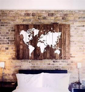 Carte Du Monde En Bois : 1000 id es sur le th me carte monde sur pinterest planisph re du monde mappemonde et map monde ~ Teatrodelosmanantiales.com Idées de Décoration
