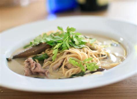 cuisine asiatique boeuf soupe soupe aux nouilles et au boeuf pratique fr
