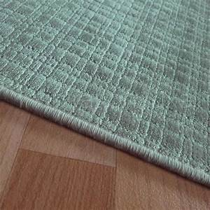 tapis sur mesure en viscose a carreaux vert rectangulaire With tapis vert d eau