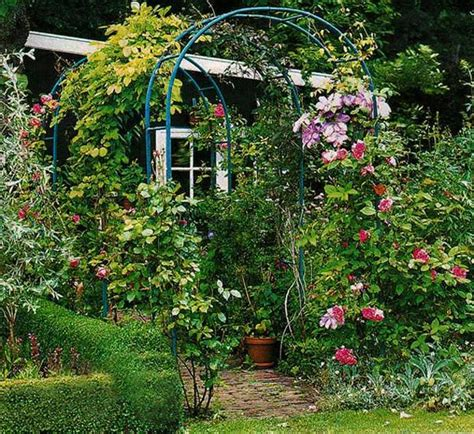 unusual flower beds  container ideas  beautiful