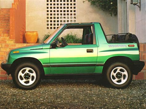 geo tracker 1995 geo tracker reviews specs and prices cars com