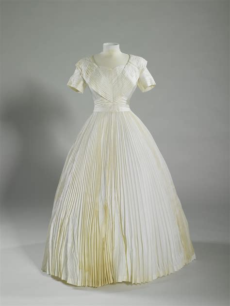 rcin  anointing gown