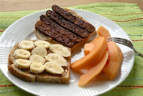 vegan elvis sandwich peanut butter banana  tempeh