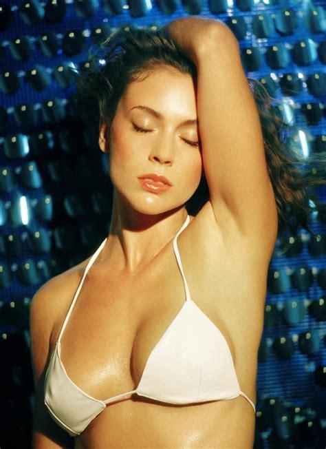 Alyssa Milano Bikini Photos - Hollywood Celebrities
