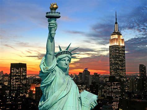 york city statue  liberty fotolia