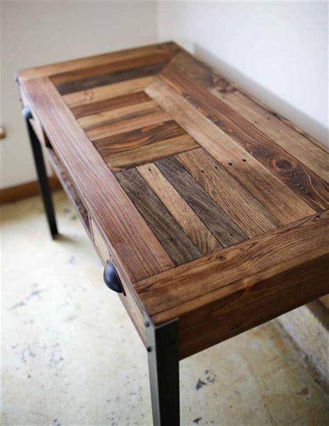 wood pallet desk diy pallet desk with 2 drawers study desk 101 pallets