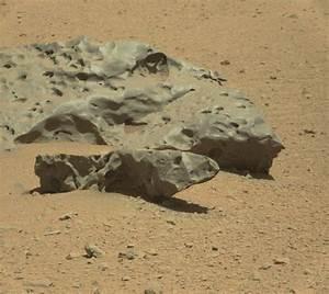 Rock On! Curiosity Spots a Heavy Metal Meteorite
