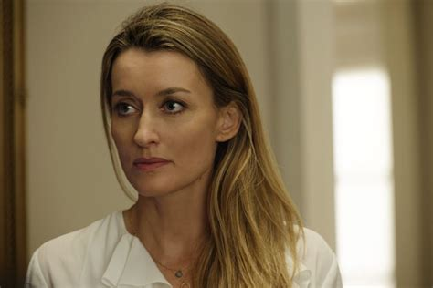 julia actress designated survivor designated survivor finalmente jack ba kiefer