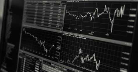 If you think you're ready to get started with. What Does Trading Forex With Bitcoin Look Like In 2020 - Risks and Benefits   Bitcoin Insider