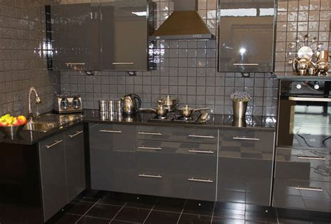 b q tiles kitchen high gloss new kitchens 1 1416
