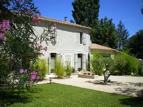 guest house   regional park  alpilles  provence