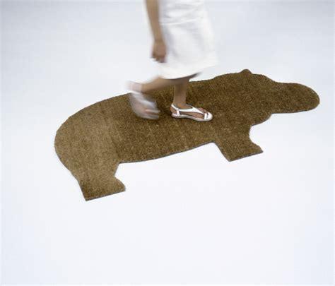 hippo doormat hippo mat door mats from droog architonic