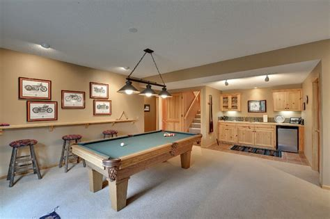 Remodeling   Traditional   Family Room   Minneapolis   by