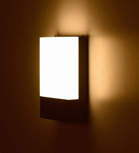 light living flat thin wall l by light living