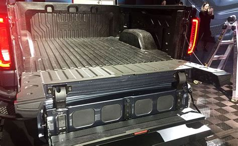 2019 gmc new tailgate new 2019 gmc 1500 gets carbon fiber bed and a wacky