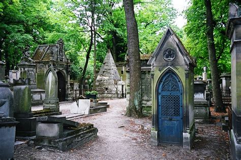 cimetiere pere la chaise p 232 re lachaise cemetery in thousand wonders